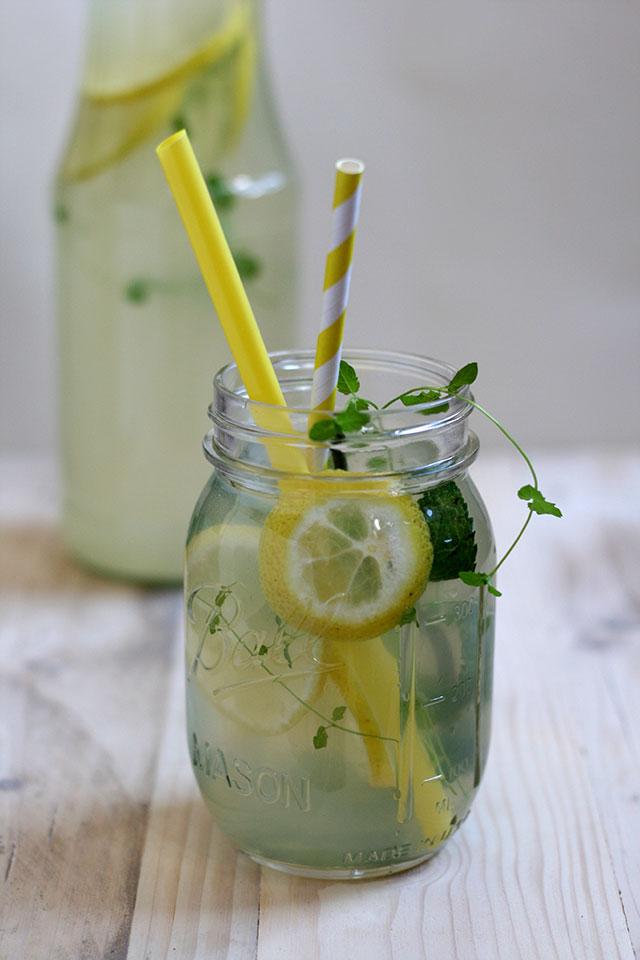 homemade citroenlimonade zelf maken