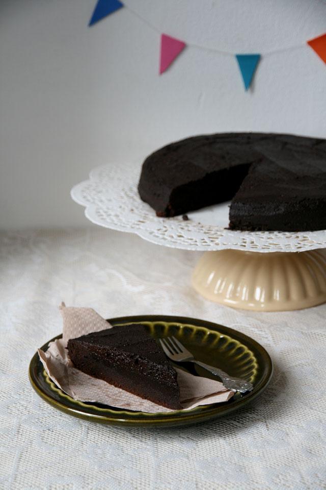 Best chocolate cake ever from Roald Dahl