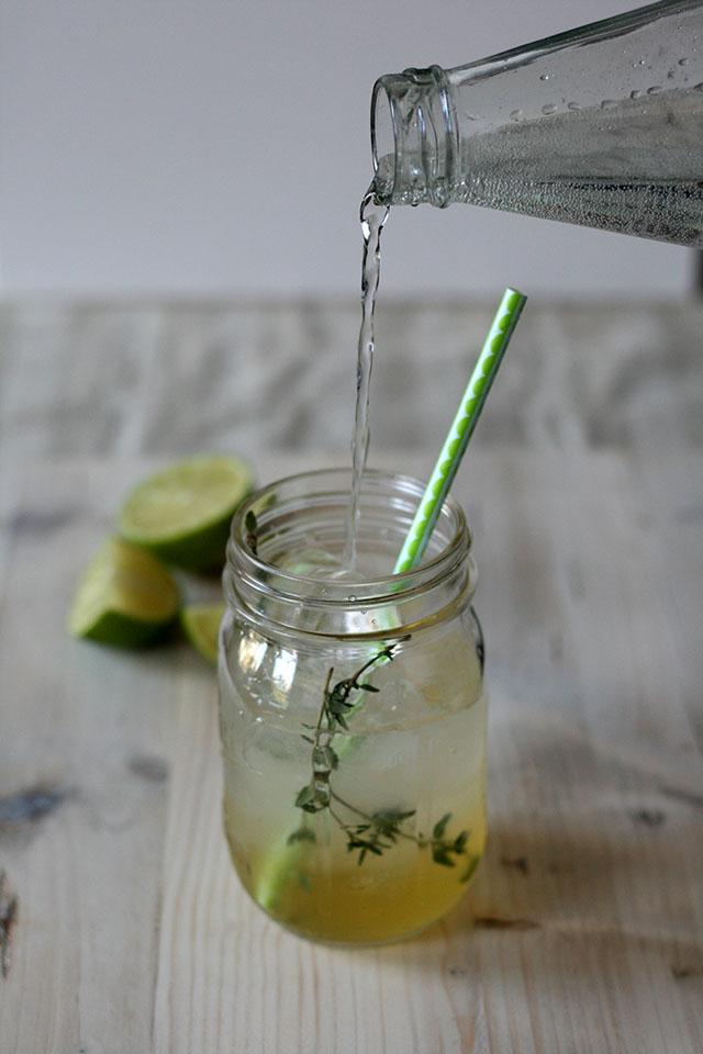 Limoenlimonade zelf maken