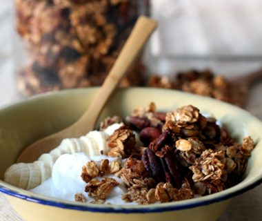 Bananenbrood granola / banana bread granola | Yellow Lemon Tree