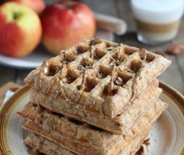 Gezonde havermout wafels met appel en kaneel