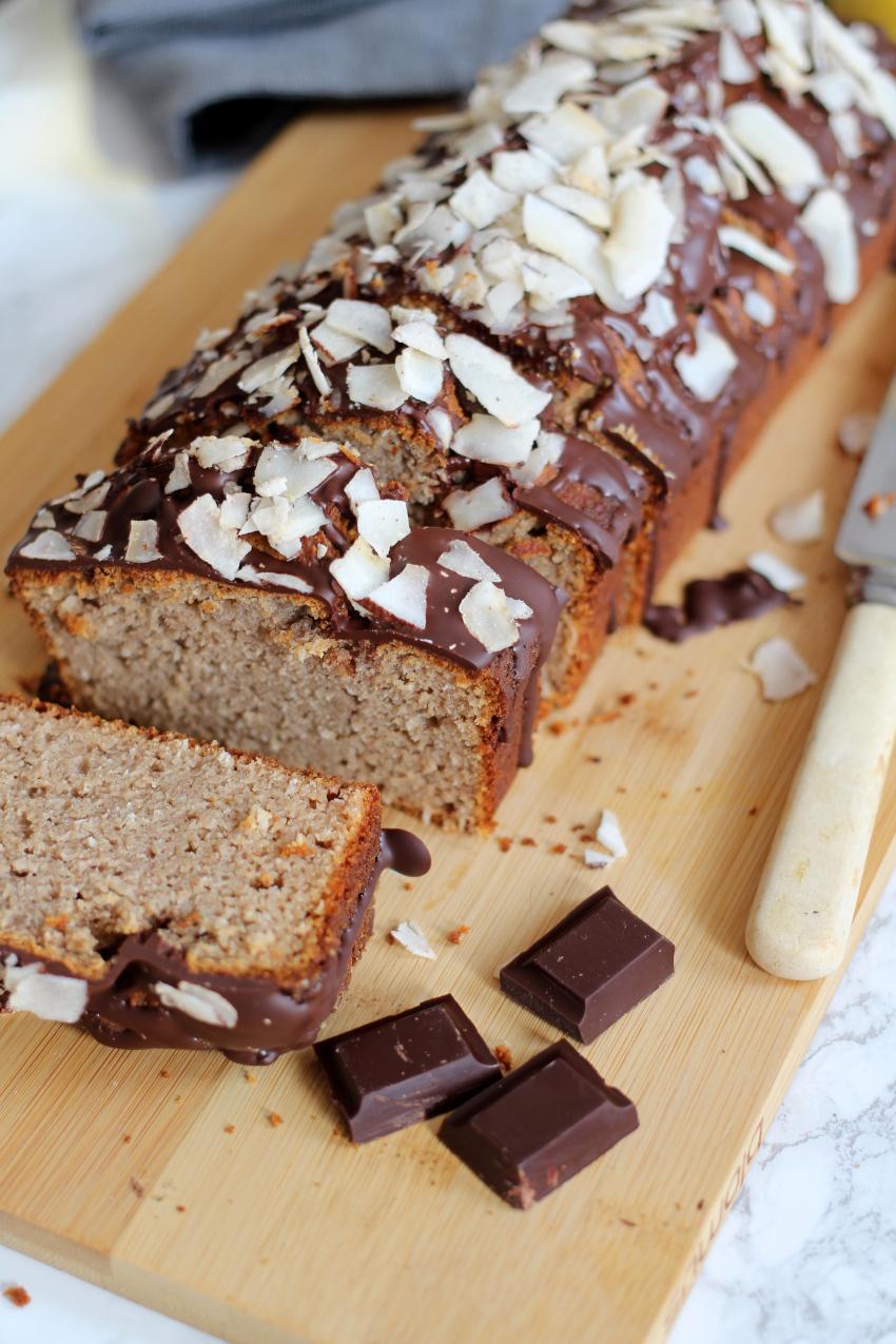 Bounty bananenbrood met chocolade en kokos