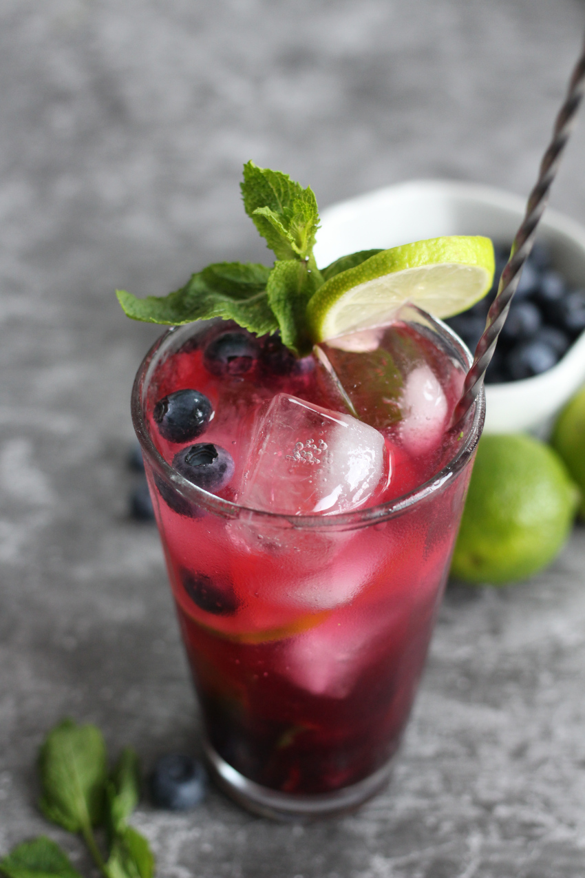 Cocktails by Zani: the Blueberry Mojito