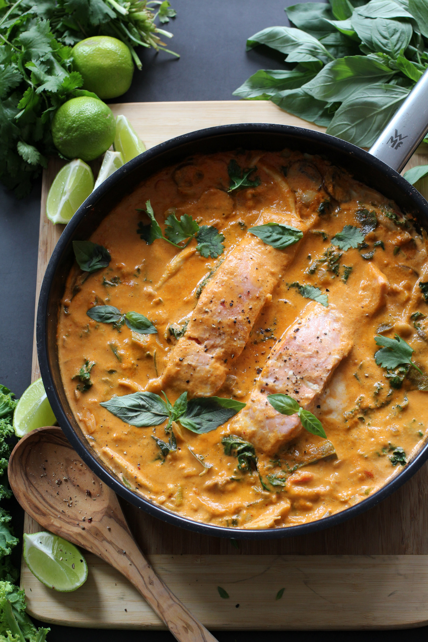 Thaise rode curry met zalm in 30 minuten