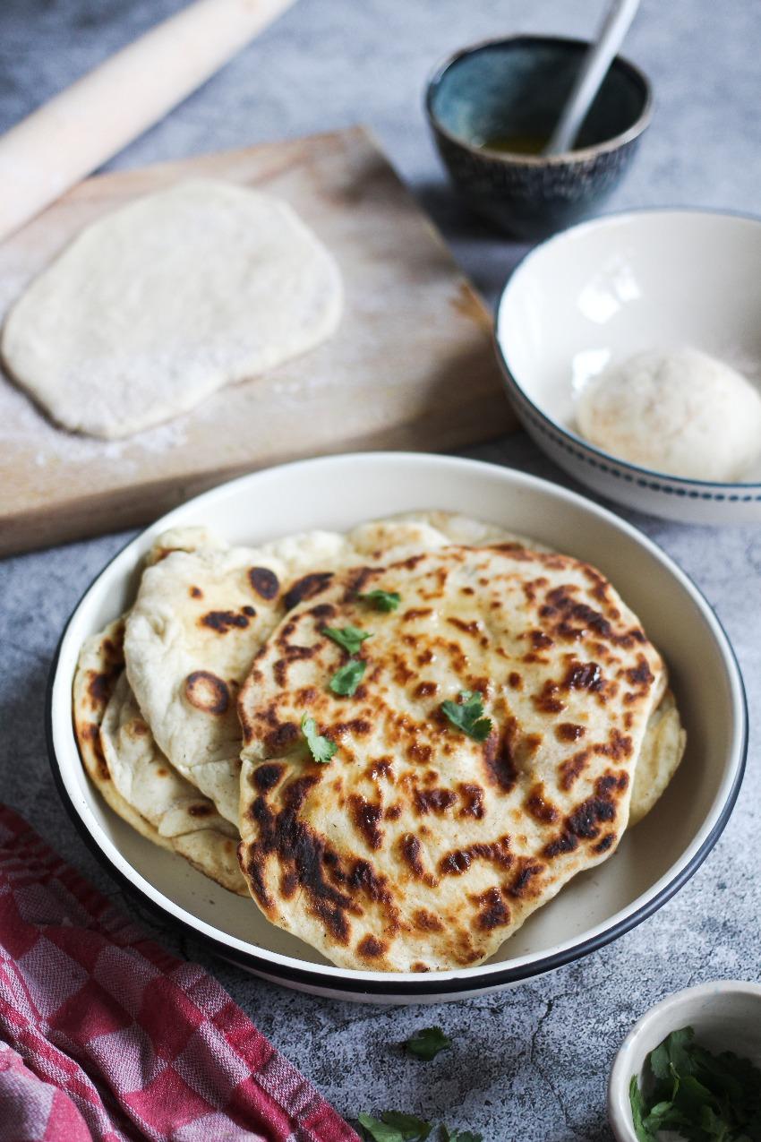 Zelf naanbrood maken recept: garlic butter naan